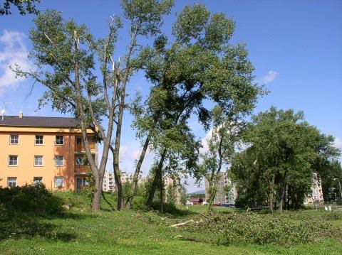 Následky ničivé bouřky - Sokolov